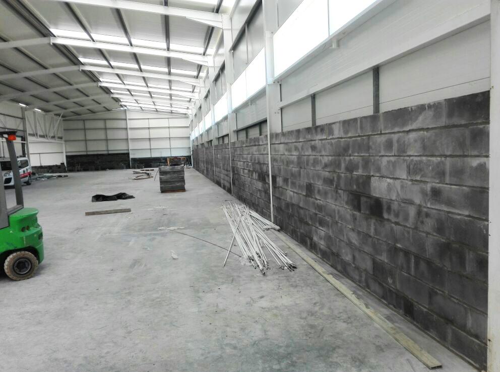 Novo pavilhão e balneários