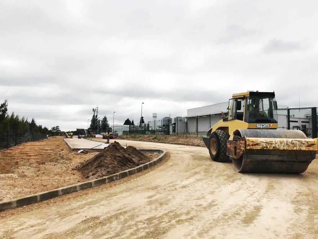 Novo estacionamento em grande progresso nas instalações da Visteon (Palmela-Setúbal)