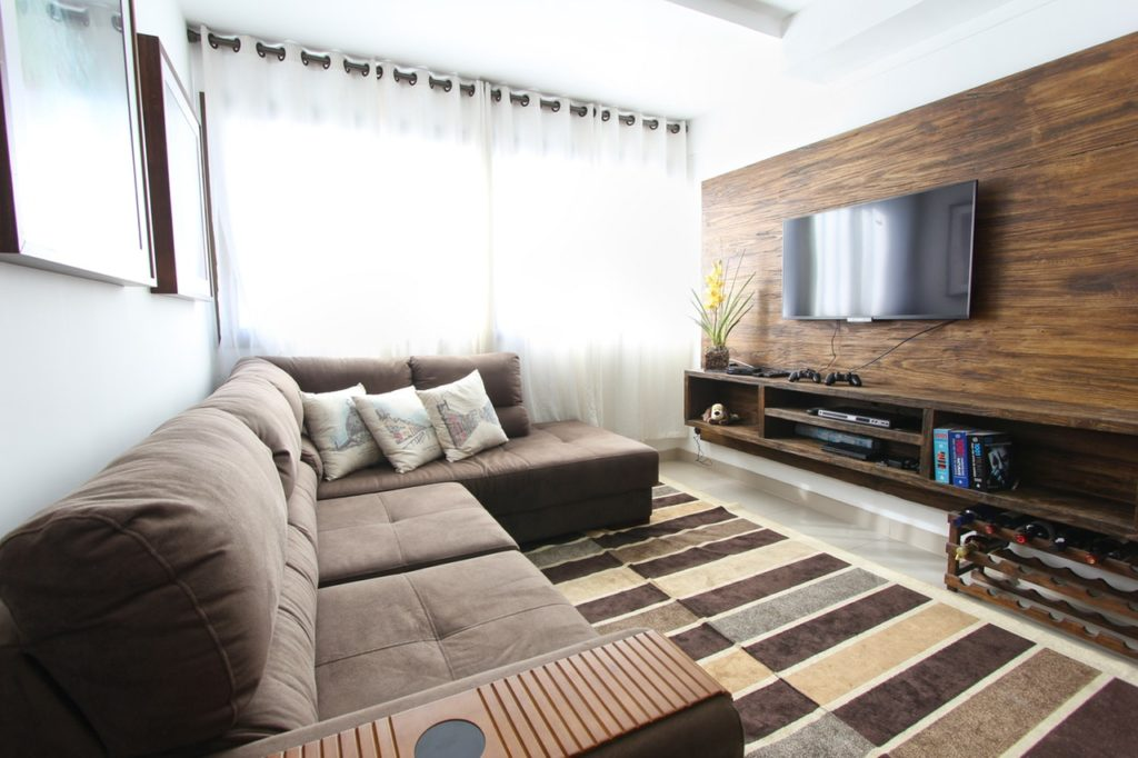 Renovação de apartamentos: Como criar um escritório na sua sala de estar?