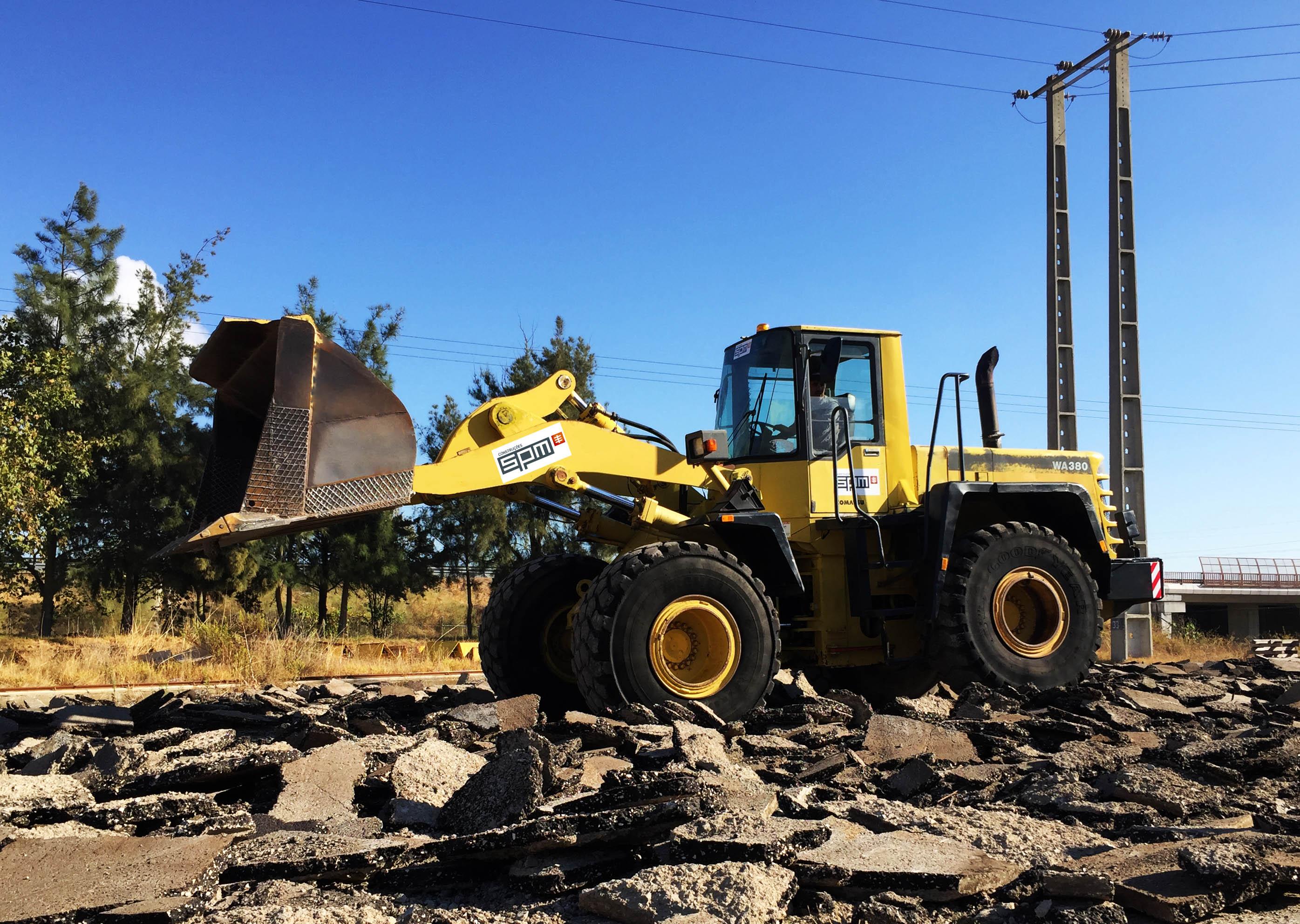 Novo Equipamento já a trabalhar na construção de mais uma fábrica em Palmela